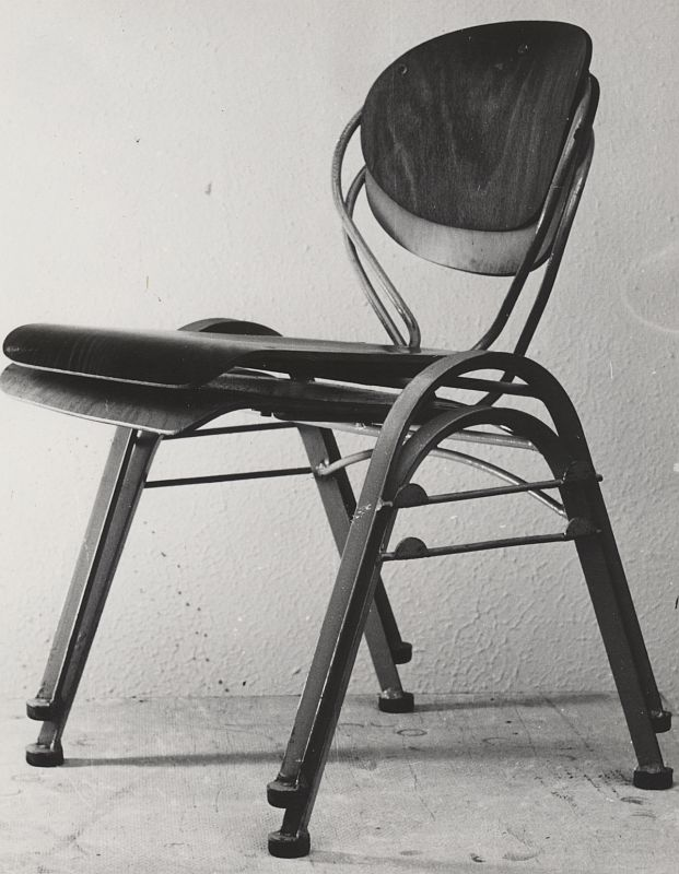 schlagheck-produktdesign-archiv-folkwang-werkkunstschule-metallklasse-gemeinschaftsentwicklung-stapelstuhl-1950