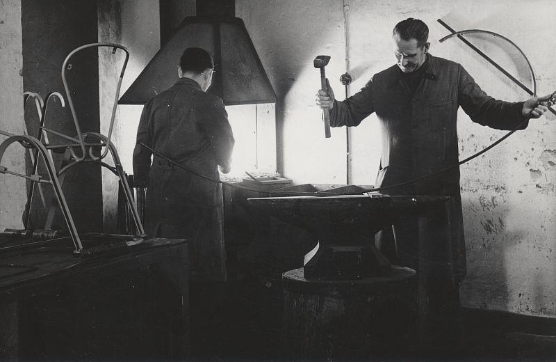schlagheck-produktdesign-archiv-folkwang-werkkunstschule-metallklasse-herbert-schwabe-gustav-broeschen-werkmeister