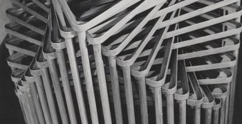 schlagheck-produktdesign-archiv-folkwang-werkkunstschule-metallklasse-formenspiel-gestapelte-schultische-1950