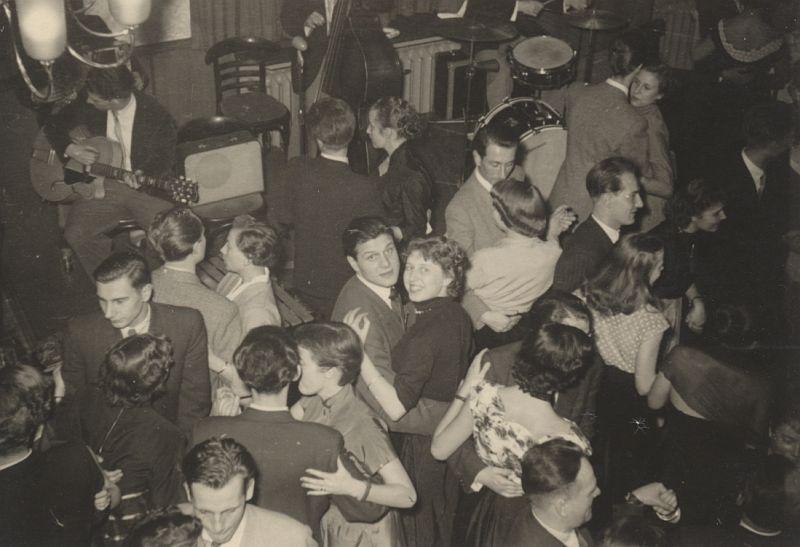 schlagheck-produktdesign-archiv-folkwang-werkkunstschule-tanzfest-1950