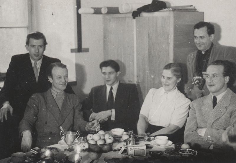 schlagheck-produktdesign-archiv-folkwang-werkkunstschule-weihnachtsfeier-1950-direktor-hermann-schardt